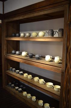 I would want shelves like this for the teapots/teacups and mugs for people to choose from
