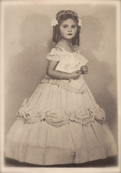 Adorable Empress Sisi… 1930s Original Vintage RARE Real Photo Postcard RPPC… Young Girl Fancy Carnival Studio Portrait in Romantic Costume