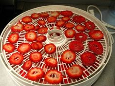 Bacon and Eggs : How to Dehydrate Strawberries