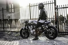 The Brute - Jamie Yamaha XJR1300 Cafe Racer via returnofthecaferacers.com