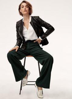 Herman Miller Aeron Chair B Refferal: 4457597620 Fashion Model Poses, Foto Pose, High End Fashion, Fashion Pictures, Female Models, Editorial Fashion, Fashion Photography, Leather Jacket, Womens Fashion