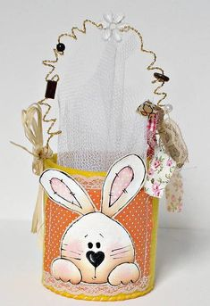 Cute can idea Easter Projects, Easter Crafts, Spring Crafts, Holiday Crafts, Easter Bunny, Easter Eggs, Pot A Crayon, Easter 2018, Sewing Art