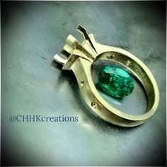 1.50 carat natural emerald. Lively stone from Mozambique. Almost ready with the 18K yellow gold frame.