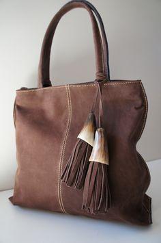 e8754cd4b183aaed19e65f8a5783de7f.jpg (736×1108) Handmade Handbags & Accessories - http://amzn.to/2ij5DXx