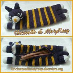 Astuccio gattino uncinetto e amigurumi Case kitty crochet and amigurumi #astuccio #uncinetto #crocheted #crochet #handmade #fattoamano #diy #amigurumi #case #kitty #gattino #gatto #cat #idea #ideas #ideaperbambini