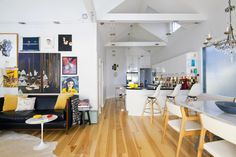 Stylish open plan living/dining/kitchen room
