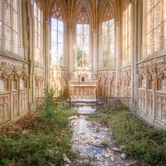 Musée Atelier Audemars Piguet is a Contemporary Celebration of Time Abandoned Buildings, Abandoned Places, Abandoned Mansions, Graffiti, Haunting Photos, Photography Series, Old Churches, Architecture Old, Design Studio