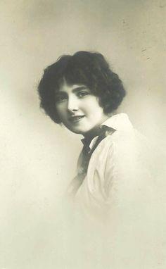 Damenportrait 20ger Jahre