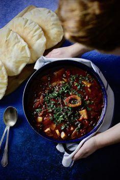 HOVÄDZIE OSSO BUCO Polenta, Palak Paneer, Chana Masala, Chili, Soup, Treats, Ethnic Recipes, Blog, Sweet Like Candy