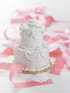 2 tiered solid white mini cake