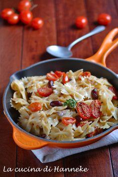 Pasta con pomodorini confit, sgombro affumicato e fagioli rossi