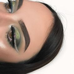 with so much love on my last look.. i couldn't resist the dark green tones @anastasiabeverlyhills #subculture @anastasiabeverlyhills @norvina Subculture Palette in Axis l Untamed l Destinyl Cube @anastasiabeverlyhills Concealer Pot in 0.75 @anastasiabeverlyhills Dip Brow in Ebony @shoplunarlashes (A10) Saturn Lashes l code: LUNARKIB @morphebrushes Brushes @armanibeauty Power Fabric Foundation in 5.5