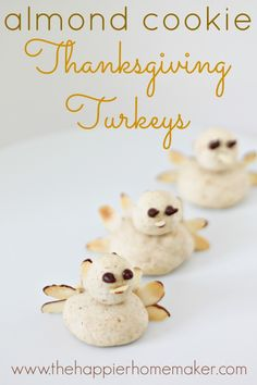 ohmygoodnes these are adorable!! Thanksgiving Turkey Cookies