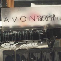 Yes we do!!!! #NYFW #Avonmakeup #behindthescenes #bts #spring2014 #ss14 #mbfashionweek #backstage #hair #makeup #ejss14 #AvonRepPorter