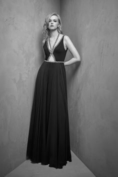 http://www.vogue.com/fashion-shows/resort-2018/jenny-packham/slideshow/collection