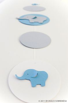 colgante-elefante-1er-cumple-dulce-sobremesa Distintivos Baby Shower, Baby Shower Treats, Baby Shower Games, Elephant Party, Elephant Theme, Elephant Baby Showers, Imprimibles Gratis Baby Shower, Baby Girl 1st Birthday, Boy Christening