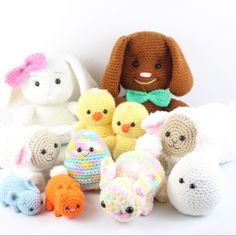 This is an entire FREE Easter crochet set. Crochet Dinosaur Patterns, Crochet Patterns Amigurumi, Crochet Toys, Stuffed Animal Patterns, Stuffed Animals, Free Crochet, Ravelry, Free Pattern, Beren
