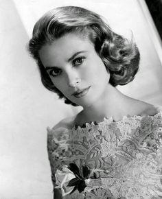 Las 10 actrices más guapas del cine clásico de Hollywood - THE PILINGUI'S HOUSE  Grace Kelly