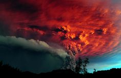 A cloud of ash billowing from Puyehue volcano near Osorno in southern Chile, 870 km south of Santiago, on June 5, 2011. Puyehue volcano erupted for the first time in half a century on June 4, 2011, prompting evacuations as it sent up a cloud of ash that circled the globe. (Claudio Santana/AFP/Getty Images)