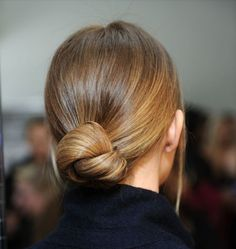 Hair Inspiration 16 Buns For Any Occasion Chignon Top Knot Up Do Hairstyle Low Bun Hairstyles, My Hairstyle, Pretty Hairstyles, Wedding Hairstyles, Simple Elegant Hairstyles, Pulled Back Hairstyles, Quinceanera Hairstyles, Hairstyle Tutorials, Hairstyle Ideas