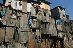 Slums of Mumbai, India. i just want to experience it in person Walled City, In Mumbai, Slums, Incredible India, Amazing, Architecture, Old Houses, Urban Decay, Places To See