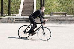 The Flâneur sportif d'Hermès unisex bike. #FlaneurdHermes #Hermes #bike #bicycle #velo