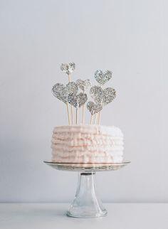 Glitzer-Herzen!!! DIY Cake-Topper