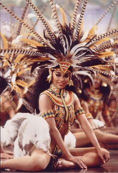 Coming To America / Costume / Wardrobe / Tribal / African / Goddess / Feather / Headpiece / Jewellery / Beauty / Inspiration Carnival Costumes, Movie Costumes, Dance Costumes, Carnival Outfits, Coming To America Costume, Coming To America Movie, Costume Tribal, Costume Africain, African Goddess