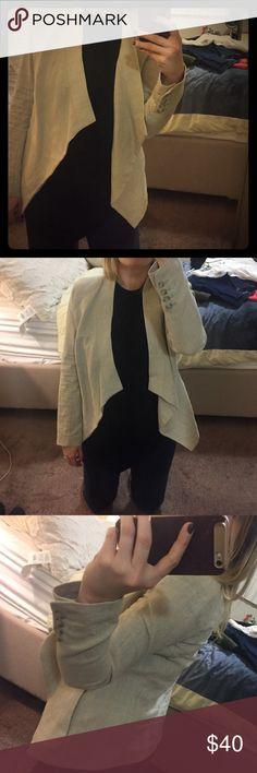 Michael kors linen blazer Beautiful beige Michael Kors linen blazer. Hangs beautifully in the front. Only worn once. Fits perfect. MICHAEL Michael Kors Jackets & Coats Blazers