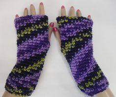Texting gloves - Fingerless gloves - Hand warmers - ladies gloves - typing gloves - purple gloves - Crochet gloves - knitted gloves