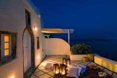 A Tranquil Night at the Canaves Oia Hotel in Greece