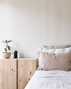 Minimalist Home Interior .Minimalist Home Interior Home Bedroom, Bedroom Decor, Bedroom Ideas, Bedroom Signs, Decorating Bedrooms, Design Bedroom, Bedroom Apartment, Minimal Bedroom, Style Deco