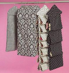 telas de patchwork americanas y japonesas, productos textiles artesanos y talleres, costura a medida, regalos, clases y mucho más en La Retalera