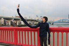The Next Step in Selfie Stick Design - http://www.psfk.com/2016/02/long-arm-selfie-stick-design-selfies.html