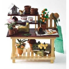 Miniature Gardener Vignette