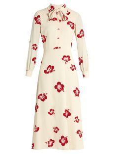 Saint Laurent Neck-tie Silk-crepe Midi Dress In Cream Simple Dresses, Pretty Dresses, Chic Fashionista, Iconic Dresses, Tea Length Dresses, Embellished Dress, Dress To Impress, Beautiful Outfits, Vintage Dresses