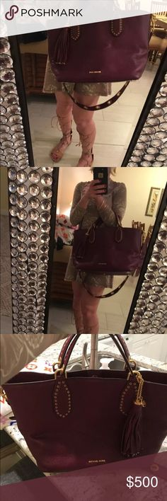 Brand new Michael kor tote It speaks for itself it's gorgeous for the fall retails for 550$ brand New of course Michael Kors Bags Totes