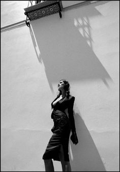 Ferdinando Scianna Spain,Seville:fashion story for Traveller with Anna-Flore TRICHINO ©Ferdinando Scianna/Magnum Photos
