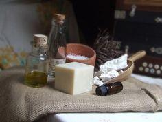 VÝROBA PŘÍRODNÍCH MÝDEL | Výhodné sady | Výhodná sada pro výrobu přírodních mýdel | Mýdlotéka U Tří lilií Bath Bombs, Detox, Projects To Try, Cleaning, Health, Ethnic Recipes, Health Care, Home Cleaning, Bath Fizzies