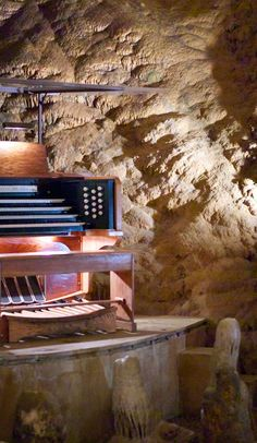 Visit the World's Largest Musical Instrument in Virginia's Luray Caverns: The Great Stalacpipe Organ
