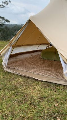 Our premium quality bell tents are made for Australian conditions with inner flyscreen walls and doors zipped-in groundsheet waterproofing and mould resistance beautiful bell tents made to last - Tents - Ideas of Tents Camping Ideas, Camping Set Up, Family Camping, Camping Hacks, Backyard Camping, Camping Glamping, Outdoor Camping, Teepee Tent Camping, Luxury Camping Tents