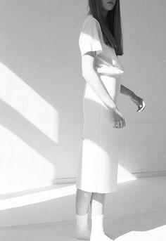 Karien Anne / White