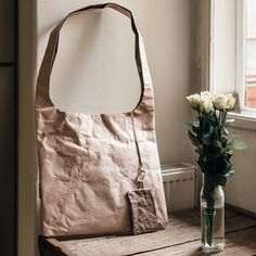 Hendee I Forever bag Color: Big Blush #shoulderbag #bag #paper #tyvek #kaaita