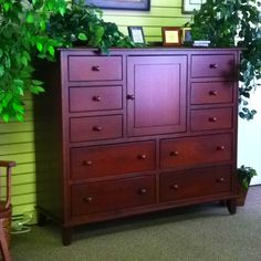 Solid Cherry Bachelors Chest at Downtown Fine Furniture in Harrisonburg Virginia. Off Floor Model! Amish Furniture, Primitive Furniture, Fine Furniture, Country Living, Country Decor, Harrisonburg Virginia, Early American Furniture, Amish Crafts, Amish Family