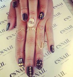 Trill. them . nails. is trill .