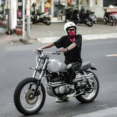 "Scrambler & Sled on Instagram: ""The Pleasure All Mine🌞 - 👤 @thejinst - #scrambler #streetscrambler #suzuki #thunder250 #scramblerandsled #streetsled #scramblerlokal"" Street Scrambler, Sled, Motorcycles, Vehicles, Instagram, Lead Sled, Car, Motorbikes, Motorcycle"