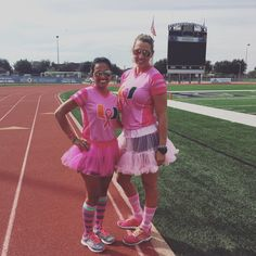 Pearland Hurricanes supporting PINK #nuvonation #customfangear #nuvoathletic #pinkout #lovepink