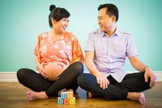 Hi Boy! ~ Maternity Photoshoot by The Little Picture Photography, Toronto & GTA