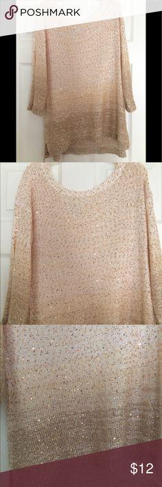 Women sweater Women beautiful gold and cream sweater Jaclyn Smith Sweaters