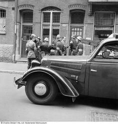 Groep NBS-ers, Amsterdam (mei 1945)